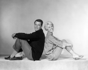 "Rock Hudson and Doris Day in ""Pillow Talk""1959 Universal** I.V./M.T. - Image 0025_2460"