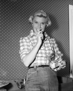 Doris Day 1951Photo by Floyd McCarty** I.V. / M.T. - Image 0025_2473