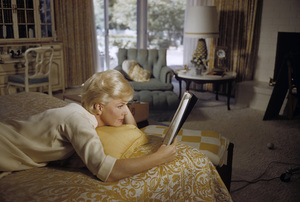 Doris Day in her Beverly Hills home bedroom reading a script1961© 1978 Bob Willoughby - Image 0025_2510