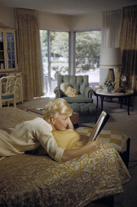 Doris Day in her Beverly Hills home bedroom reading a script1961© 1978 Bob Willoughby - Image 0025_2511
