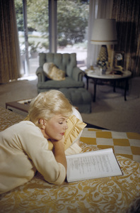 Doris Day in her Beverly Hills home bedroom reading a script1961© 1978 Bob Willoughby - Image 0025_2512
