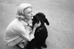 """""""Midnight Lace""""Doris Day and her dog, Smudge1960© 1978 Bob Willoughby - Image 0025_2571"""