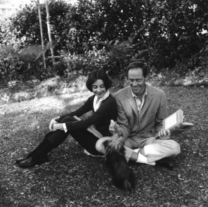 Audrey Hepburn and Mel Ferrer at their home in Los Angeles, California1957 © 1978 Sid Avery - Image 0033_0009