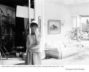 """Paris When It Sizzles""Audrey Hepburn1962 / Paramount © 1978 Bob Willoughby - Image 0033_1037"