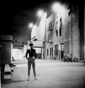 "Audrey Hepburn behind the scenes of ""Sabrina""1953© 2000 Mark Shaw - Image 0033_2383"