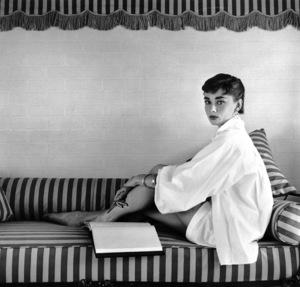 Audrey Hepburn1953© 2000 Mark Shaw  - Image 0033_2391
