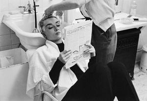 Audrey Hepburn1953© 2000 Mark Shaw - Image 0033_2408