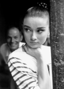 """Audrey Hepburn during the making of""""War and Peace"""" 1955 **I.V. - Image 0033_2451"""