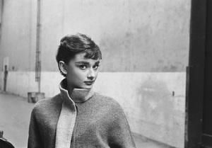 Audrey Hepburn1953© 2000 Mark Shaw - Image 0033_2554