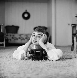 Audrey Hepburn1953© 2000 Mark Shaw - Image 0033_2585