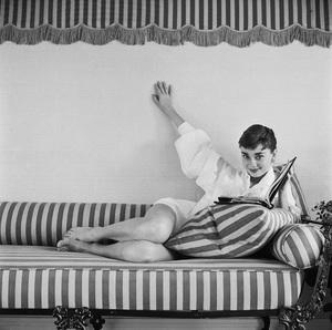 Audrey Hepburn1953© 2000 Mark Shaw - Image 0033_2590