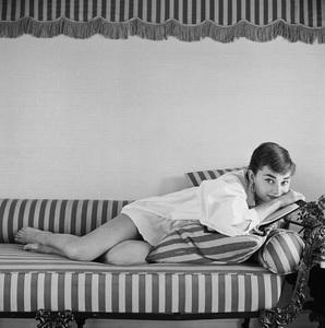 Audrey Hepburn1953© 2000 Mark Shaw - Image 0033_2593