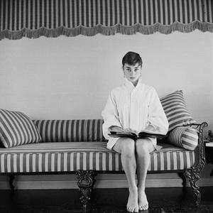 Audrey Hepburn1953© 2000 Mark Shaw - Image 0033_2598