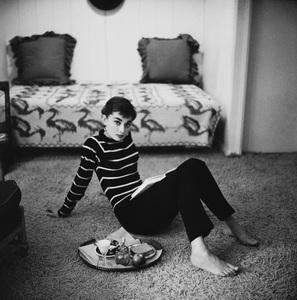 Audrey Hepburn 1953© 2000 Mark Shaw - Image 0033_2613