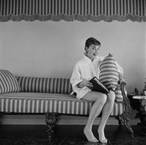 Audrey Hepburn 1953 © 2020 Mark Shaw - Image 0033_2673