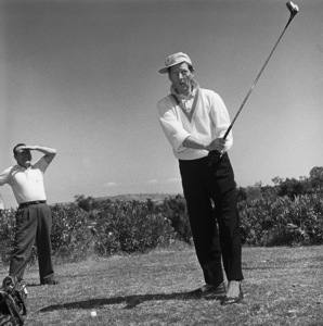 Danny Kaye golfing at Hillcrest Country Club 1958 © 1978 Sid Avery - Image 0035_0033