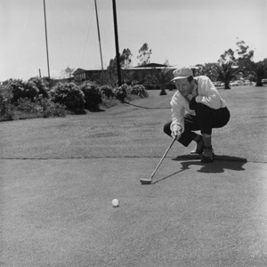 Danny Kaye golfing at Hillcrest Country Club1958 © 1978 Sid Avery - Image 0035_0524