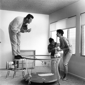 James Garner with his wife, Lois Clarke, step-daughter Kimberly Clark and daughter Gigi 1958 © 1978 Sid Avery - Image 0037_0001