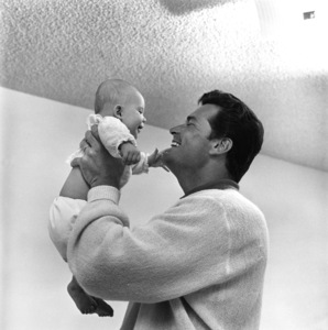 James Garner with daughter Gigi1958 © 1978 Sid Avery - Image 0037_0119