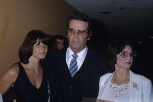 James Garner with daughter Gigi and wife Lois Fleishman Clarkecirca 1980s© 1980 Gary Lewis - Image 0037_0834