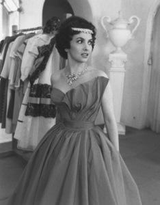 Gina Lollobrigida1954 © 1978 Sanford Roth - Image 0041_2016