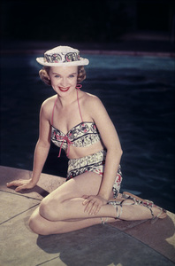 Anne Francis at home1955 © 1978 Sid Avery - Image 0051_0118