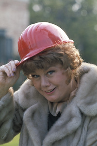 Shelley Winterscirca 1980** H.L. - Image 0065_1006