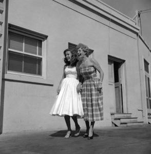 Elaine Stewart with Shelley WintersJuly 1953 © 1978 Sid Avery  - Image 0066_0029