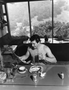 Rock Hudson at his North Hollywood home1952© 1978 Sid Avery - Image 0067_0001