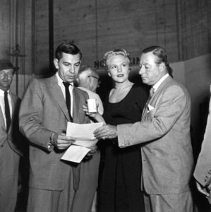 Jack Webb, Peggy Lee, George Jessel At a Cerebal Palsy fundraiser, 1953. © 1978 Sid Avery 0068-1009 - Image 0068_1009