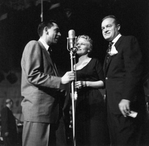 Jack Webb, Peggy Lee, Bob Hope At a Cerebal Palsy Fundraiser, 1953. © 1978 Sid Avery 0068-1010 - Image 0068_1010