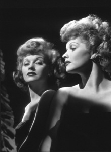 Lucille Ball, 1943.Photo by Laszlo Willinger. - Image 0069_0631