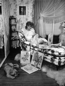 Lucille Ball at home1942 - Image 0069_0836