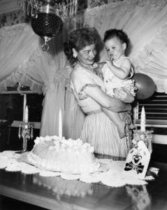 Lucille Ball and baby Lucie on her first birthdayJuly 1952Photo by Gabi Rona - Image 0069_2218