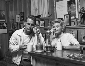 Paul Newman and Joanne Woodward at their Beverly Hills home1958© 1978 Sid Avery - Image 0070_0013