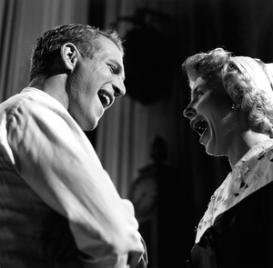 """Paul Newman and Joanne Woodward on the set of """"Rally 'Round the Flag, Boys!"""" 1958 © 1978 Sid Avery - Image 0070_0036"""