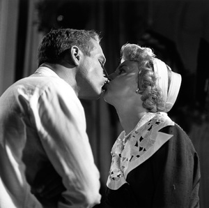 """Paul Newman and Joanne Woodward on the set of """"Rally 'Round the Flag, Boys!"""" 1958 © 1978 Sid Avery - Image 0070_0112"""