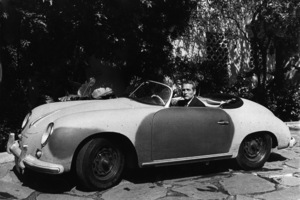 "Paul Newmanin his 1958 Porsche Speedster / for the movie ""Harper""1966 © 1978 David Sutton - Image 0070_2217"
