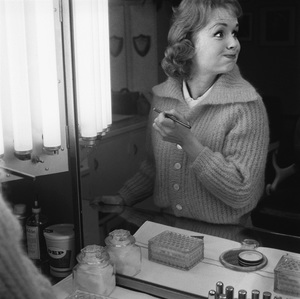 """Debbie Reynolds on the set of """"The Pleasure of His Company"""" 1960 © 1978 Sid Avery - Image 0071_0006"""