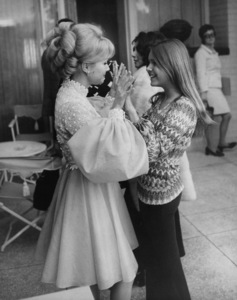 Debbie Reynolds with daughter Carrie Fishercirca 1972 © 1978 Gunther - Image 0071_1066