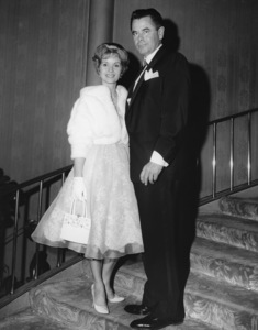Debbie Reynolds and Glenn Ford circa 1960 ** I.V. - Image 0071_1115
