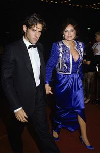 Joanna Carson and son Tim Hollandcirca 1980© 1980 Gary Lewis - Image 0072_0776