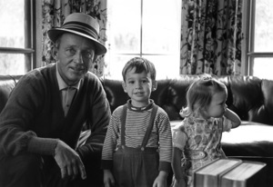 Bing Crosby with his son Harry and daughter Mary Francis, at their Holmby Hills home1961 © 1978 Sid Avery - Image 0073_0015