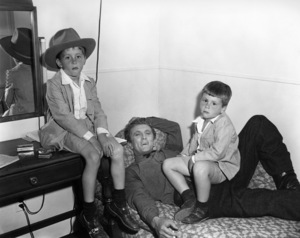 "Kirk Douglas with his sons Michael and Joe on the set of ""The Big Trees""1952 Warner Bros. - Image 0075_0020"