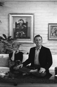 Kirk Douglas and his wife Anne, at home in Beverly Hills, CA1962© 1978 Sid Avery - Image 0075_0082