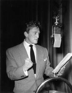 Kirk Douglas reading for The Lux Radio Theatrecirca 1945Photo by Gabi Rona - Image 0075_1160