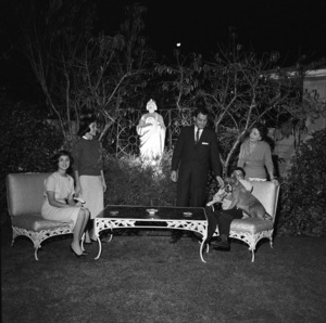 Danny Thomas with his wife Rosemary, and children, Theresa, Marlo and Tony at their home in Beverly Hills, California1958 © 1978 Sid Avery - Image 0076_0003