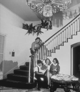 Danny Thomas with his wife, Rosemary, and children, Tony, Margret, and Theresa, at home in Beverly Hills, CA, 1958. © 1978 Sid Avery MPTV - Image 0076_0009