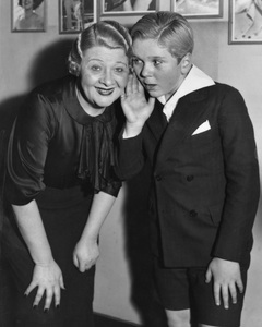Jackie Cooper with Sophie Tucker at the Capitol Theatre in New York1933 - Image 0078_0531