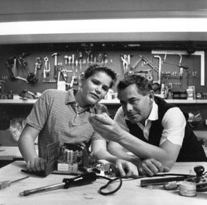 Glenn Ford at home with his son Peter1958 © 1978 Sid Avery - Image 0079_0028